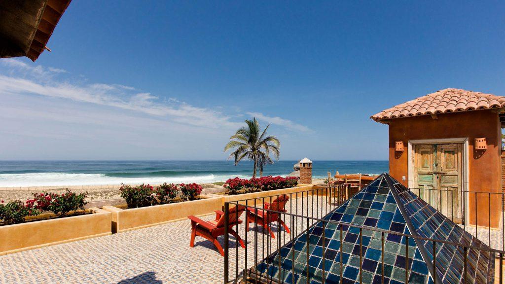 surfing todos Santos, view the surf break of La Pastora from the Villa Santa Cruz roof terrace